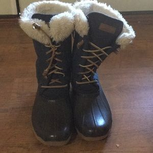 Good condition sperry boots girls size 5